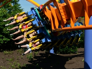 "Der Inverted Coaster ""Talon"" © Wolfgang Payer"